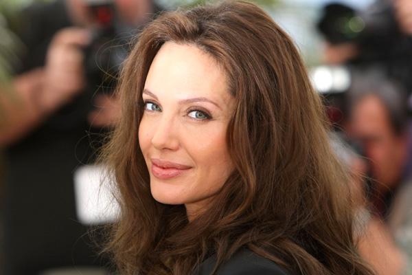 Секс-террорист Анджелина Джоли и её пакостные поступки. 1