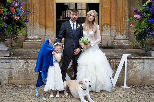 Самые нелепые свадебные наряды звезд. 16962.jpeg