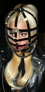 Леди Гага: осиное гнездо скандалов. 13221.jpeg