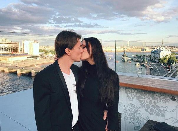 Алена Водонаева отказалась отбольшой груди из-за тревожных «звоночков»— объявил доктор