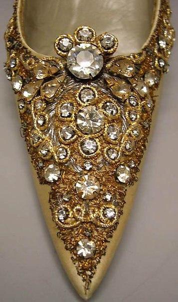 Туфли 1950-х годов от Роже Вивье (1903-1998) для Дома Dior