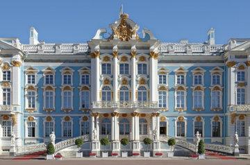 Музеи и театры Санкт-Петербурга закроют на карантин