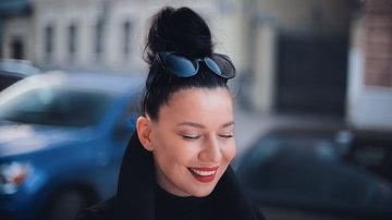 Певица Ёлка призналась, что раньше работала уборщицей