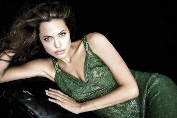 Анджелина Джоли: Какова она в реальности?